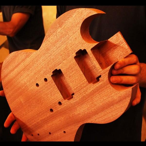 Ahşap Gitar